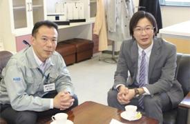 (左)鎌倉工場長・藪下様(右)APT代表・井上