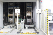 1階自動倉庫の搬出入口正面から撮影